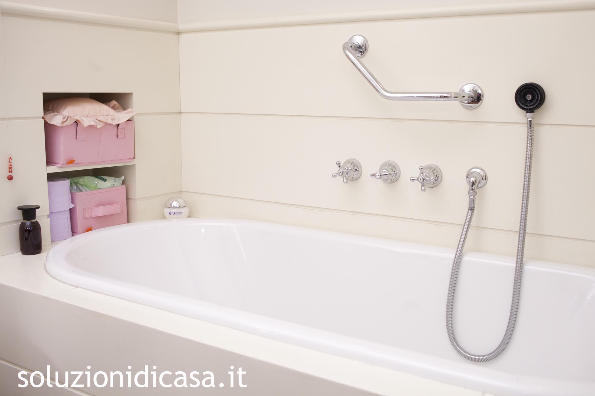 Come fare il bagno al cane - Come fare per andare in bagno ...