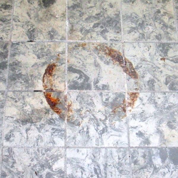 Come togliere la ruggine dalle piastrelle del bagno