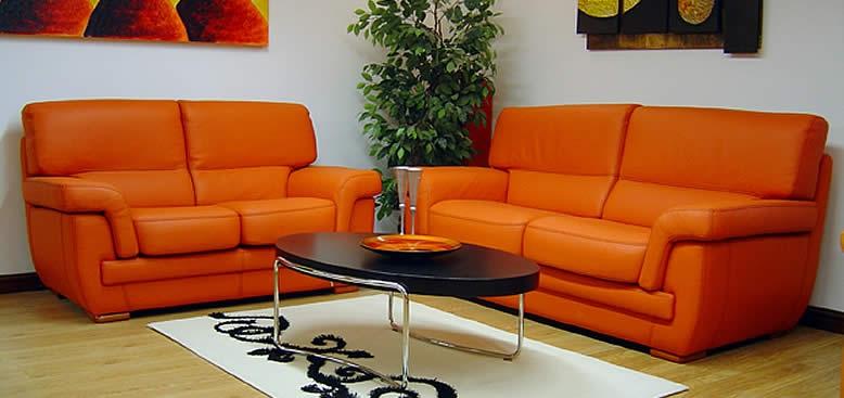 Come pulire un divano in pelle colorata soluzioni di casa - Pulire divano in pelle ...