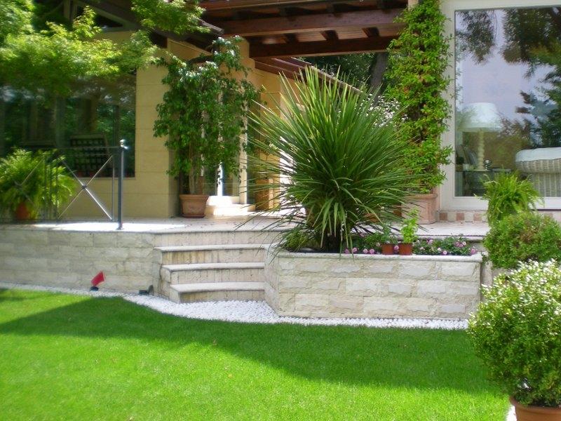 Giardino prepariamolo alla primavera soluzioni di casa - Muretti per giardino ...