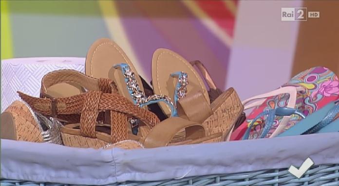 come pulire le scarpe estive - soluzioni di casa