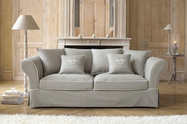 Come pulire un divano di velluto soluzioni di casa - Pulire divano tessuto ...