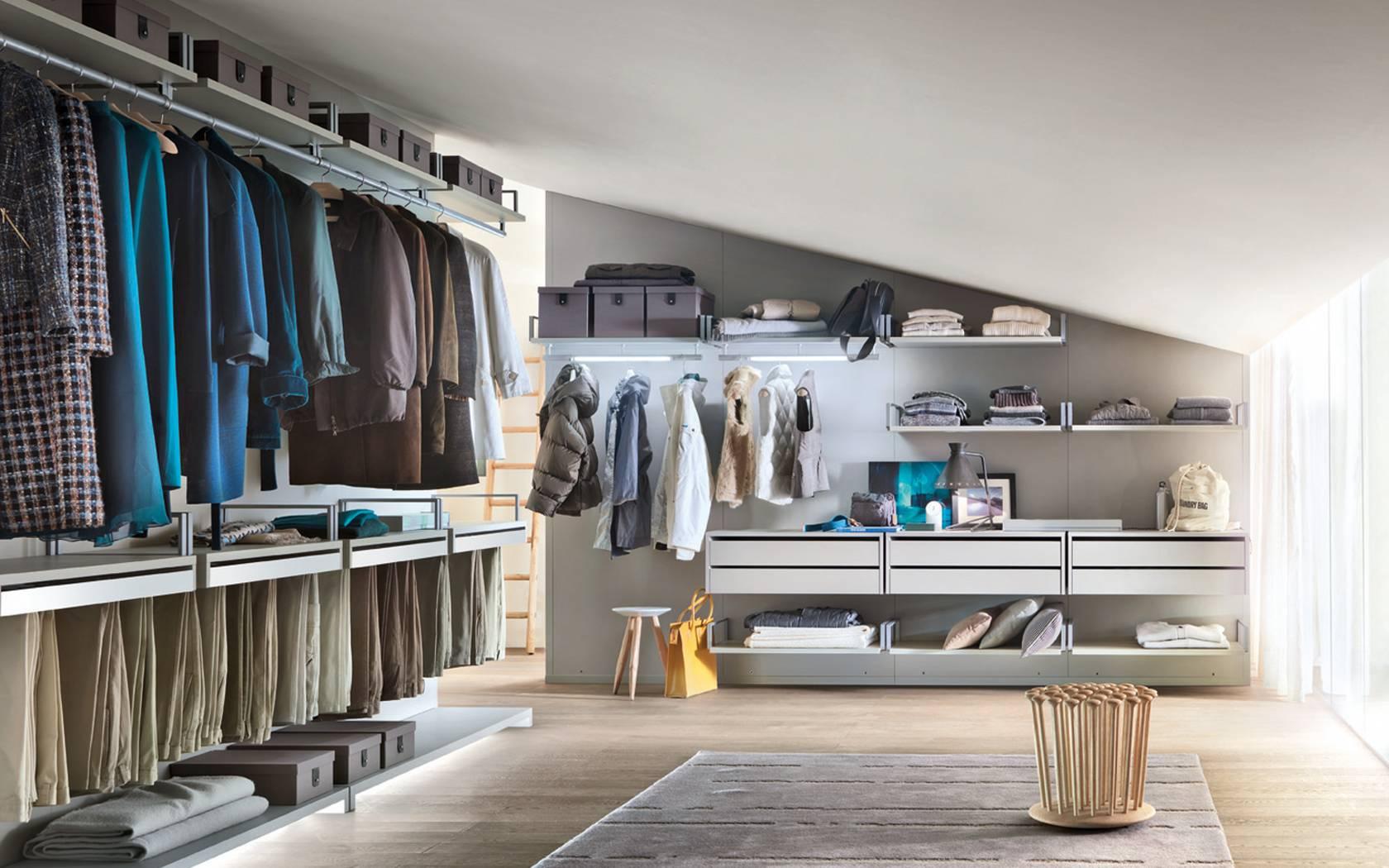 Cabina armadio vs armadio su misura - Soluzioni di Casa