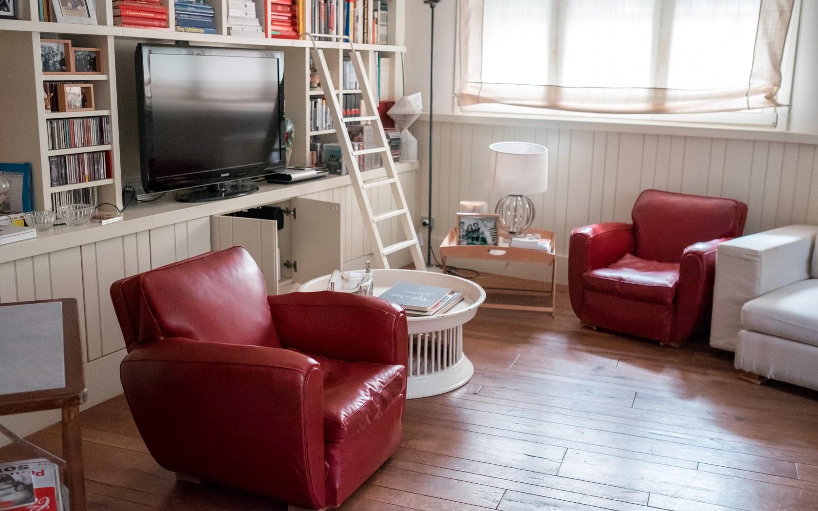 Come fare le pulizie di fondo in salotto soluzioni di casa for Soluzioni salotto