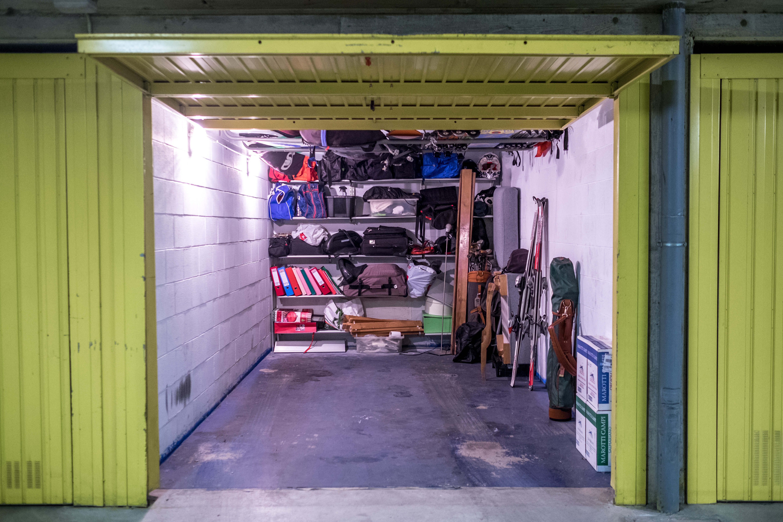 Come fare le pulizie di fondo in garage soluzioni di casa - Garage pavimento ...