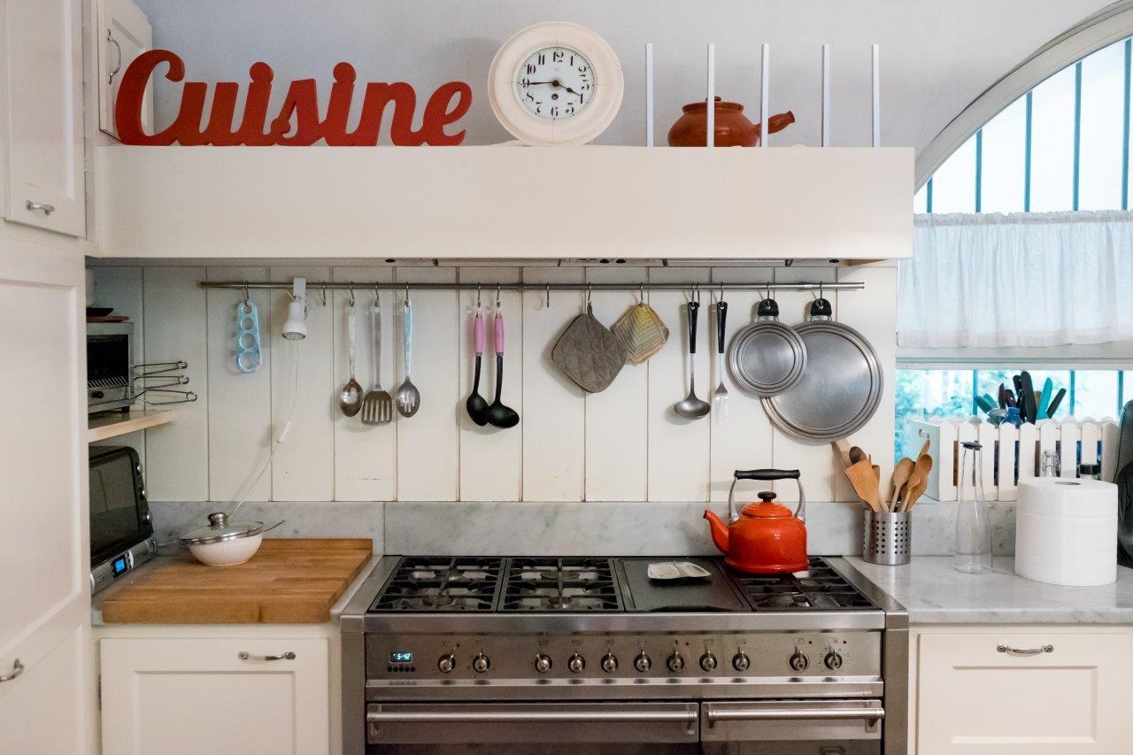 Pulizia Mobili Cucina Legno : Come fare le pulizie di fondo in cucina soluzioni di casa