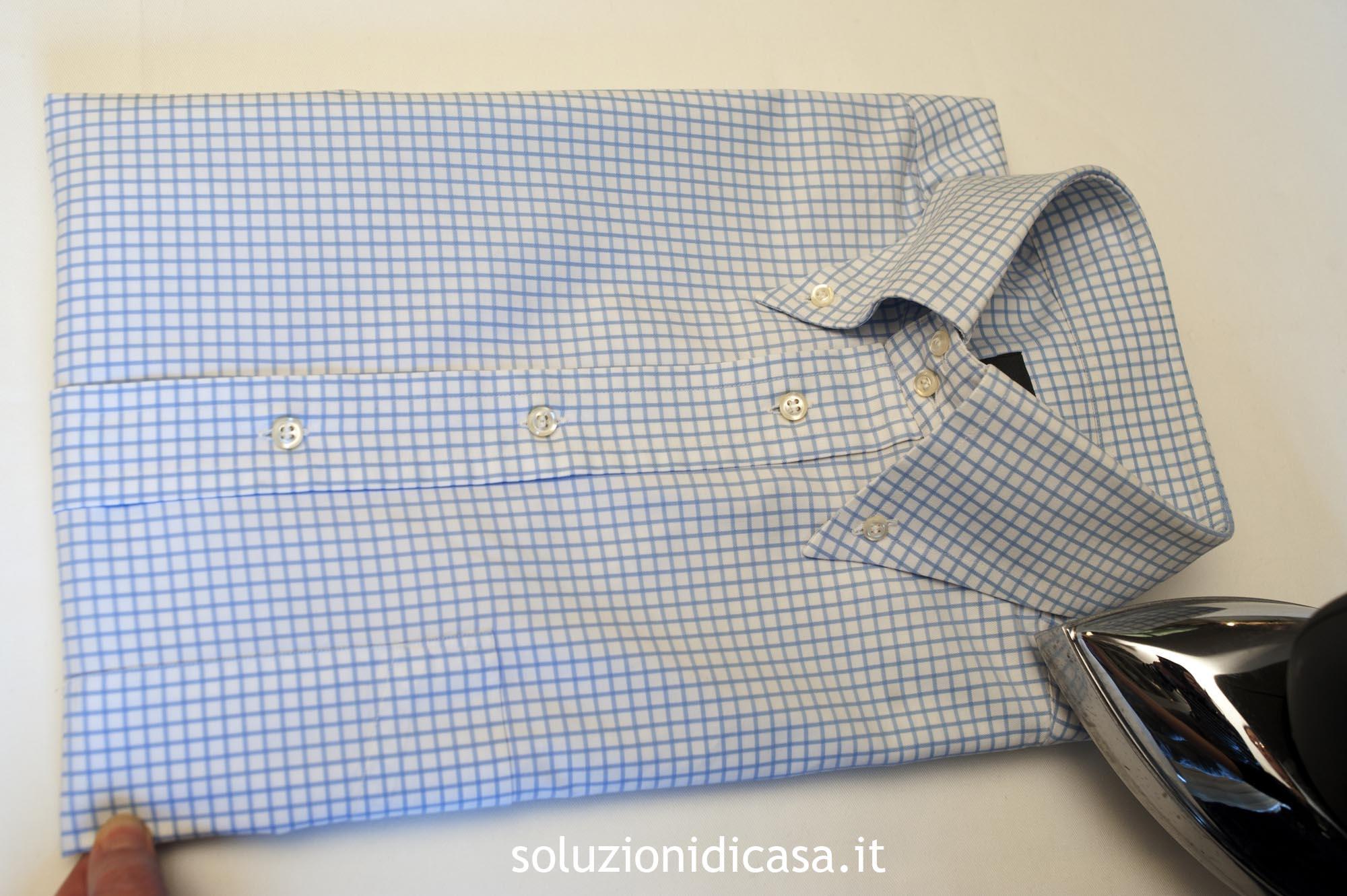 Come Piegare Una Camicia Stirata.Un Perfetto Collo Della Camicia Soluzioni Di Casa