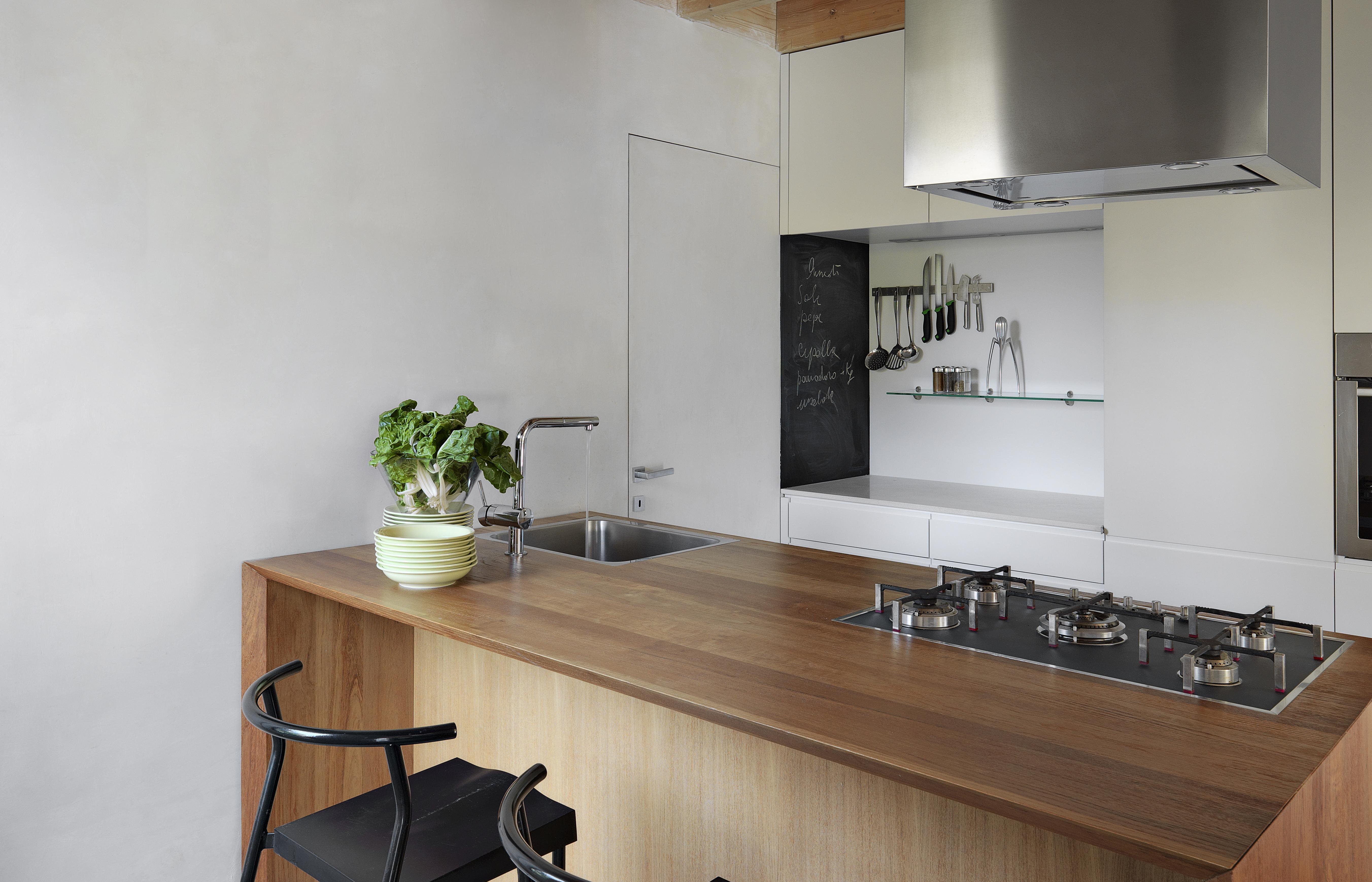 Come Pulire Il Piano Cottura come pulire e sgrassare il piano cottura - soluzioni di casa